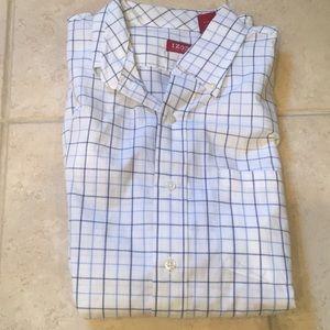Izod men's dress shirt blue and white